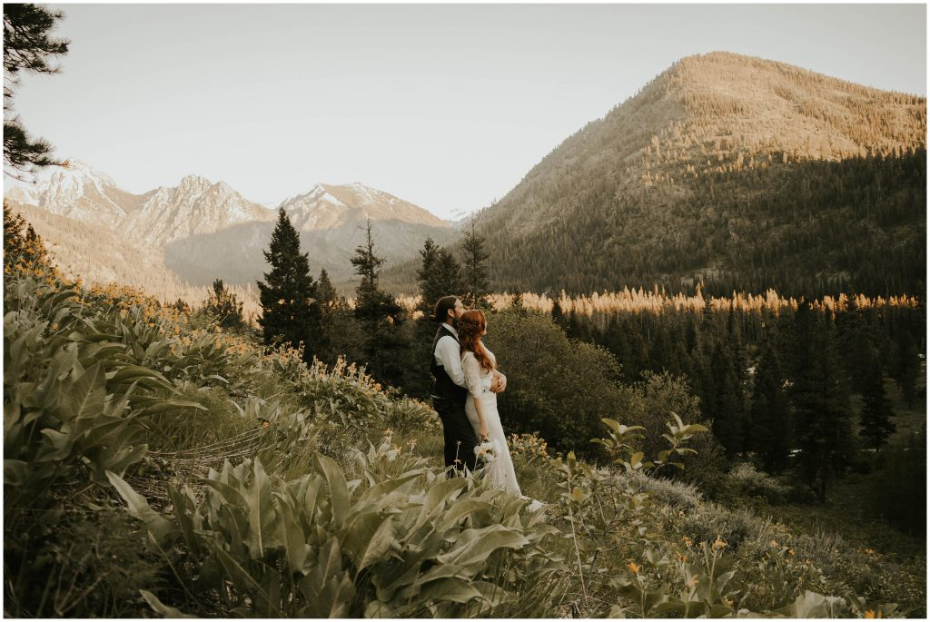 sawtooth mountains elopement session