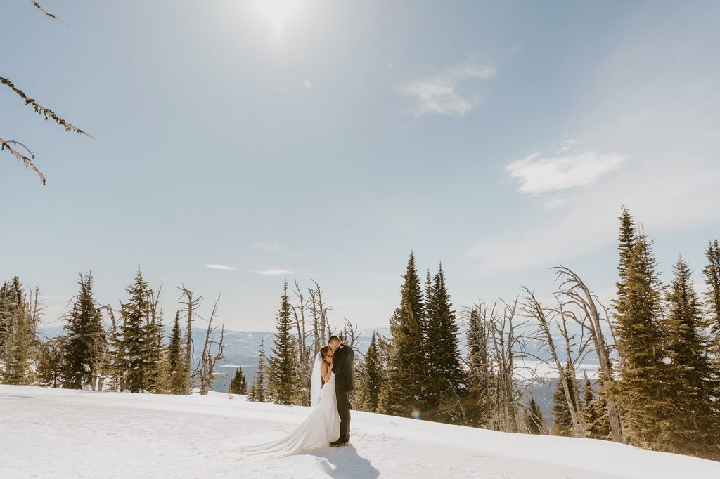 unique wedding gifts for adventurous couples